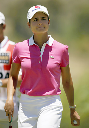 Playing in her final round before retiring to raise a family, Lorena Ochoa shot a 71 to finish in sixth place, seven shots behind Ai Miyazato.