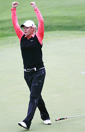 Suzann Pettersen ended a 20-month victory drought at the Sybase Match Play.