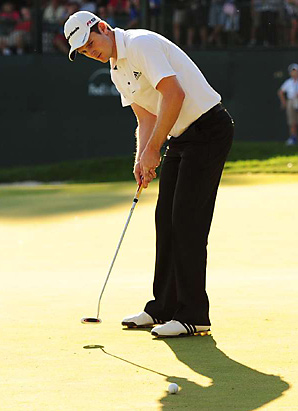 Justin Rose calmly rolled in a 30-inch par putt on the last hole for the victory.