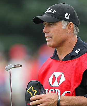 Steve Williams made a racial remark about Tiger Woods at a caddie awards ceremony in Shanghai.
