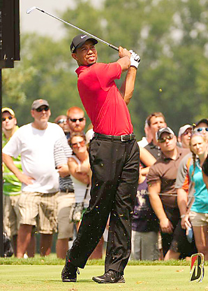 Tiger Woods has 14 major championship victories compared to Jack Nicklaus's 18.
