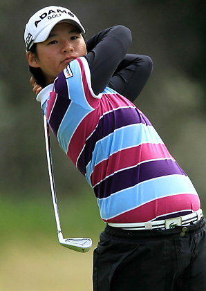 Yani Tseng beat Katherine Hull by one stroke for her third career major title.