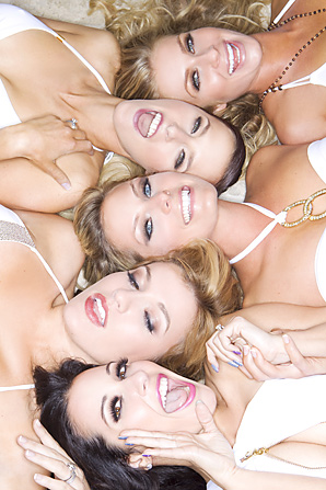 Several PGA Tour wives glammed up for a recent photo shoot.