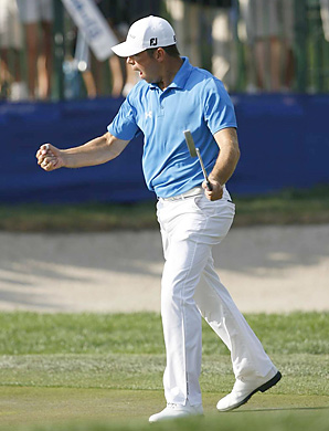 Gary Woodland made a clutch par putt on the 72nd hole to win the Transitions Championship by one shot.