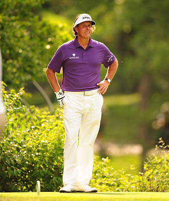 Mickelson withdrew from the Memorial following a first-round 79.