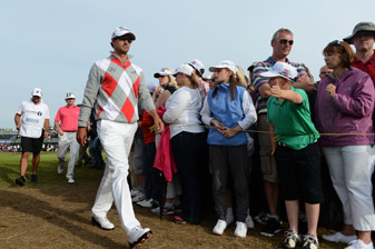 Adam Scott has a four-shot lead heading into the final round.