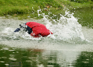 """""""You couldn't see who it was because his head was underwater,"""" said Steve Stricker. """"But you figured it had to be Woody."""""""