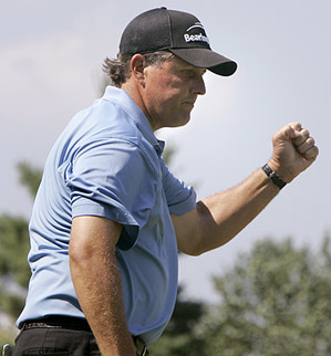 Mickelson had six birdies in his final round.