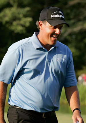 Mickelson's victory gave him the lead in the FedEx Cup playoffs.