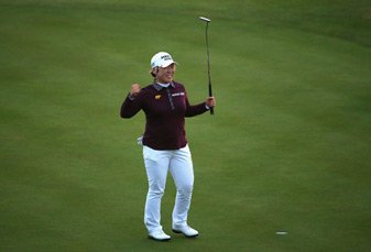 Jiyai Shin shot rounds of 71-73 to win by nine.