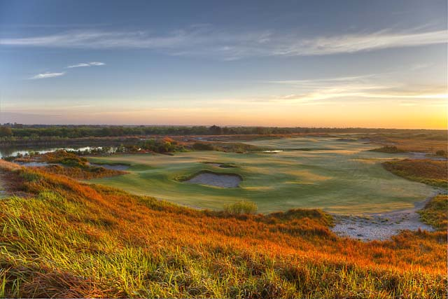 The 12th hole at Streamsong's Tom Doak-designed Blue course.