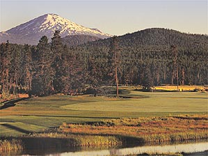 The 9th hole on Sunriver's Crosswater course.