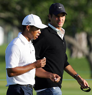 Tiger Woods invited Roger Federer to join him inside the ropes at Doral in 2007.