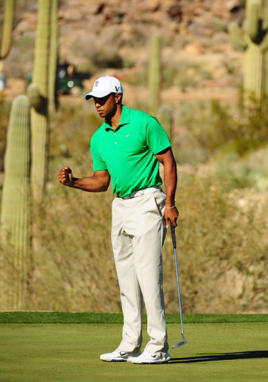 Tiger Woods narrowly defeated Gonzalo Fernandez-Castano one up in the first round.