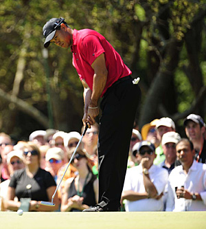 Tiger Woods had a rare lapse with a short putt in Sunday's final round.