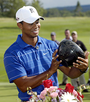 Tiger Woods overcame Camilo Villegas to win the second annual Notah Begay III Foundation Challenge.