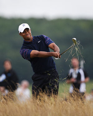Tiger Woods shot a one-over 71 in the first round.