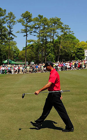 Tiger Woods still needs to win four majors to tie Jack Nicklaus's record.