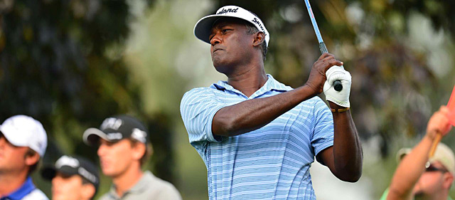 Vijay Singh made four birdies and no bogeys.