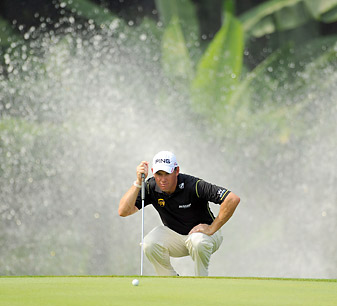 Lee Westwood grabbed a five-shot clubhouse lead before play was suspended.