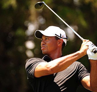 Tiger Woods got back into contention on Friday with a 68.
