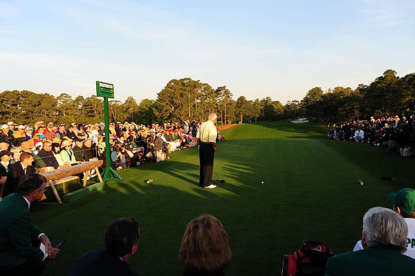 As the sun rose at Augusta National, fans gathered around the tee box at No. 1 to watch Arnold Palmer hit the ceremonial first tee shot.