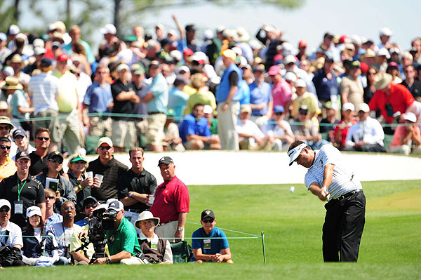 Forty-eight-year old Perry, who was trying to become the oldest major winner, was steady through the first nine holes, making all pars.