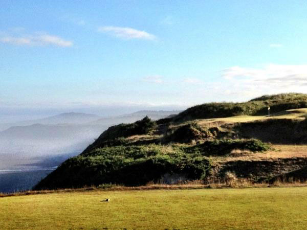 """@eamonlynch: The 11th at Pacific Dunes. All of America is to your right. Hole 10 of 72."""