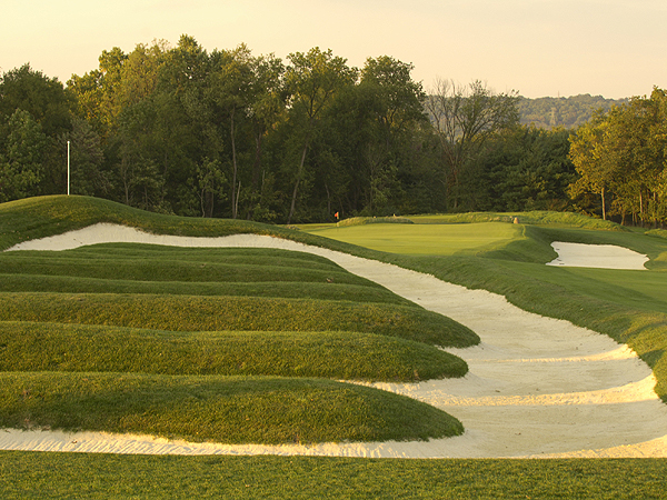 Sports Illustrated's Gary Van Sickle thinks the USGA should create a U.S. Open rota, like the R&A has for the British Open. Here are his picks for courses that he would have host our country's national championship.                                                      Oakmont Country Club                           U.S. Opens Hosted: 2007 (Angel Cabrera), 1994 (Ernie Els), 1983 (Larry Nelson), 1973 (Johnny Miller), 1962 (Jack Nicklaus), 1953 (Ben Hogan), 1935 (Sam Parks, Jr.), 1927 (Tommy Armour).