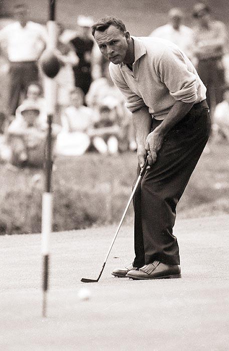 Palmer birdied the final two holes in 1960 to win his second green jacket.