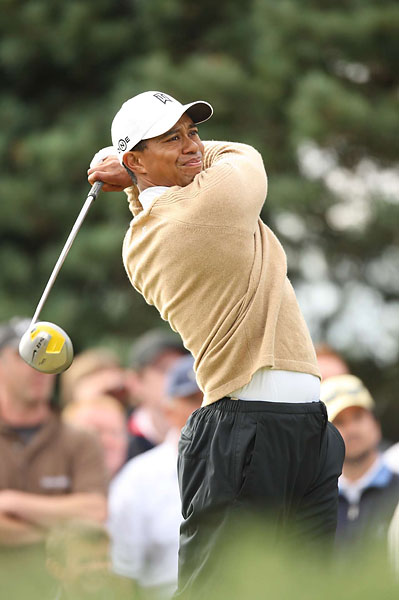 After his back-to-back wins, Woods tied for 12th in 2007 at Carnoustie.