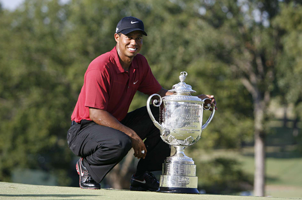 No. 13                       Tiger Woods notched his 13th major victory at the PGA Championship and is now only five behind the record held by Jack Nicklaus. He ended the regular season at the top of the FedEx points standing, 11,445 points ahead of Vijay Singh, who was in second. Related Links                                                                     • Complete PGA Championship Coverage                       • Woods notches 13th major championship title at PGA                       • Final Round Photos from the PGA                       • 89th PGA was the hottest major in history                       • Equipment: What they swung at the PGA