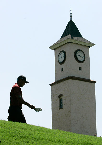 Entering the PGA Championship at Southern Hills, Woods had yet to win a major in 2007 despite having briefly held final-round leads at both the Masters and the U.S. Open.