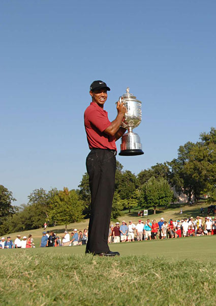 It was Woods's 13th major in just 44 starts. He is only five behind Jack Nicklaus's record 18 majors.