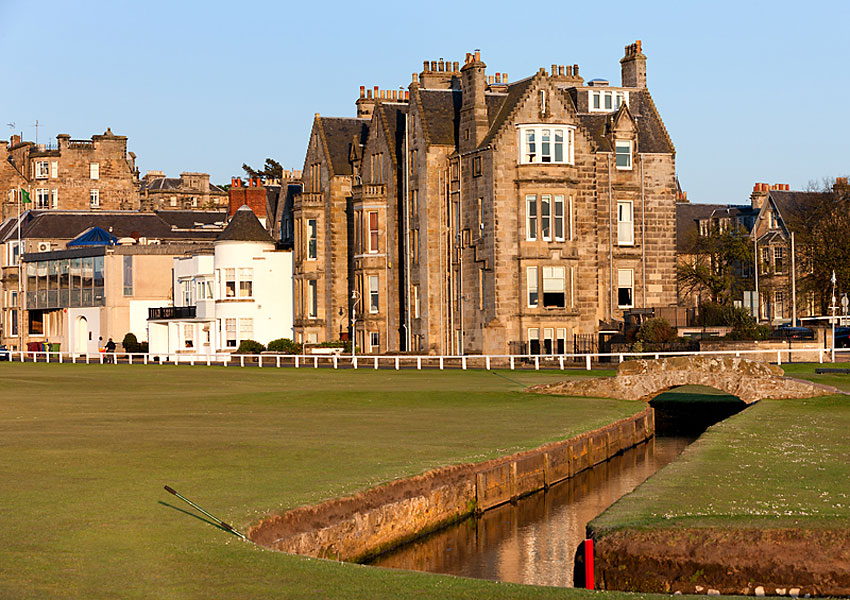 George Peper, former Golf Magazine editor, has put his St. Andrews apartment on the market. For $2.3 million (give or take, depending on the exchange rate) you could have a room with a view of one of the most storied courses in golf. In the image above, Peper's apartment is in the center, near the white street light.