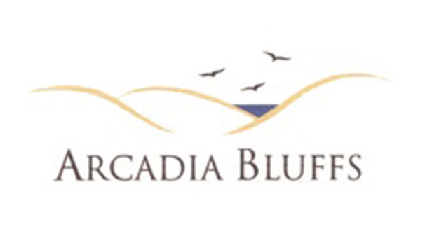 The evocative artwork for Arcadia (Mich.) Bluffs does what any good logo should: It makes you want to go play the course.