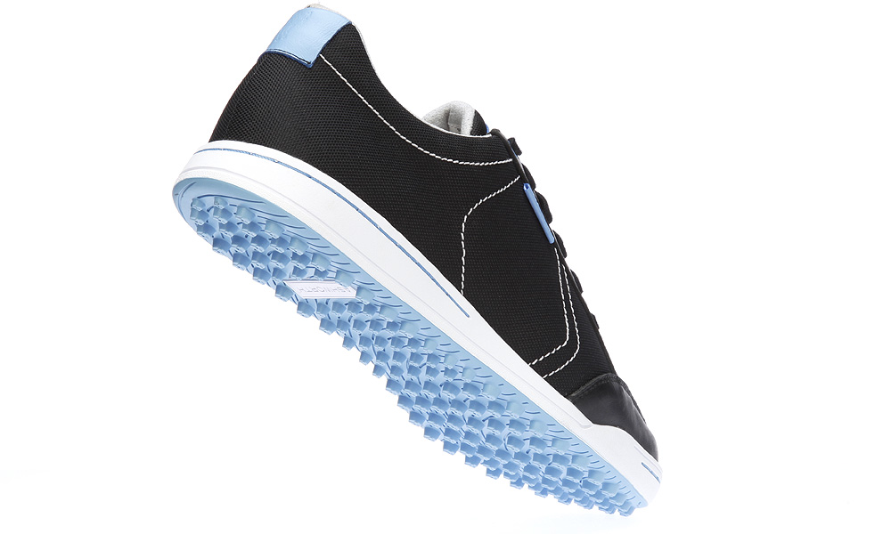 "Ashworth Cardiff Mesh, $120                       ashworthgolf.com                       It has a breathable, woven-mesh upper (two-year waterproof warranty), a dual-density foam footbed, a rubber spikeless outsole and ""casual cool"" styling."