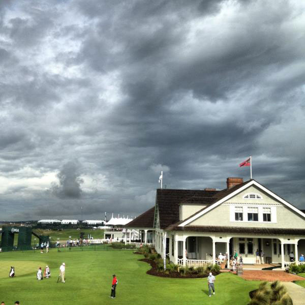"""@DavidDusek: The radar says storms are heading to Kiawah, and so do the skies. #PGAChamp"""