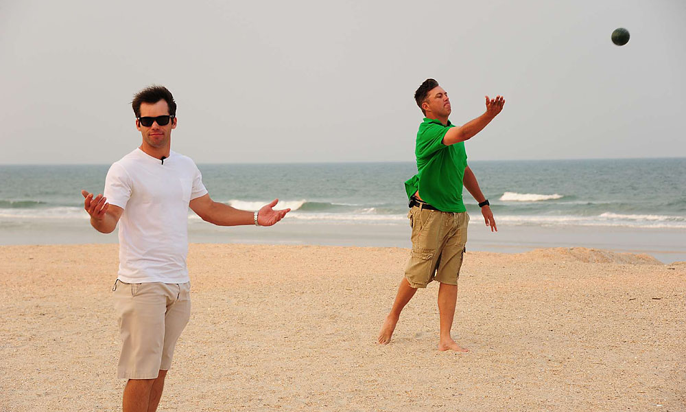 Bo's not all business. In 2011, he took a break from the links to toss some bocce with Englishman Paul Casey at the TourPlayers.com Beach Bocce Ball Tournament.