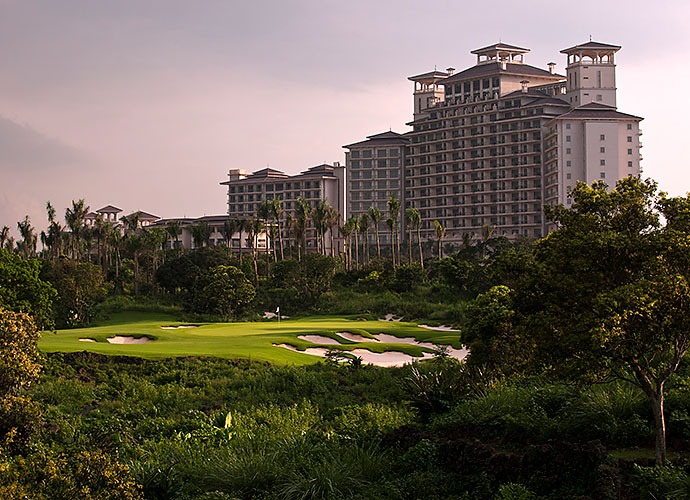 Mission Hills' Shenzhen facility on the Chinese mainland earned the Guinness Book of World Records title for the largest golf club on Earth in 2004 with 10 courses and three clubhouses. The course count now numbers 12. Seven years later, its Hainan Island sibling to the south is well on its way, with 10 courses completed.