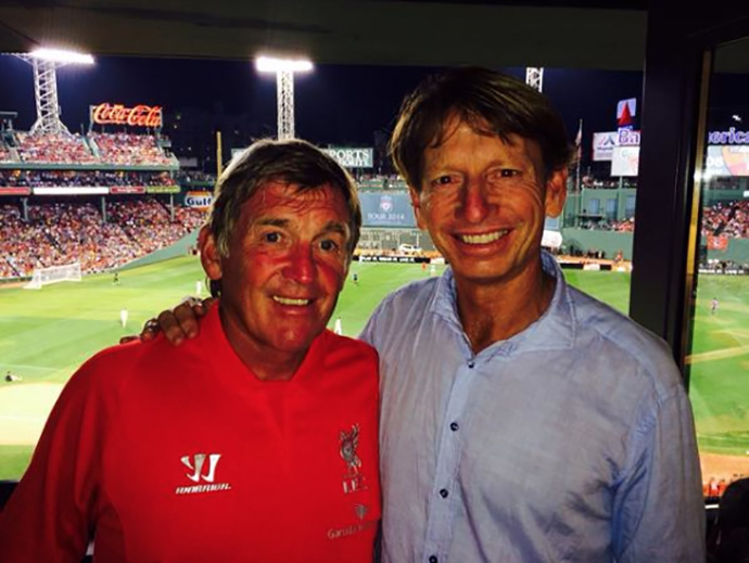 @BradFaxon Got to watch Liverpool Football club play Roma at Fenway w Liverpool legend Kenny Dalglish, who by the way can putt! pic.twitter.com/OyfY6cFyxU