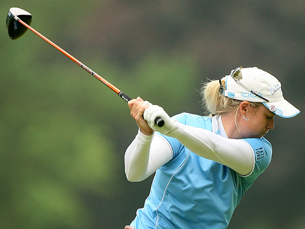 A third-round 72 dropped Brittnany Lincicome out of the lead, but she remains just one shot behind the leaders.
