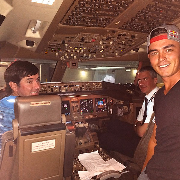 @therealrickiefowler and Bubba are taking us to @rydercupusa .......... Ouch
