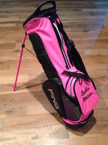 @bubbawatson Got me a new @PingTour carry bag! #PingLife pic.twitter.com/EsMrOkGV2s