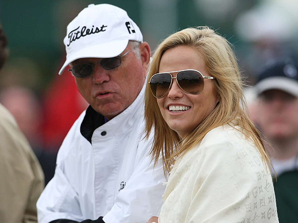 Butch Harmon and Amy Mickelson followed Phil as he made his way around Carnoustie Golf Links.