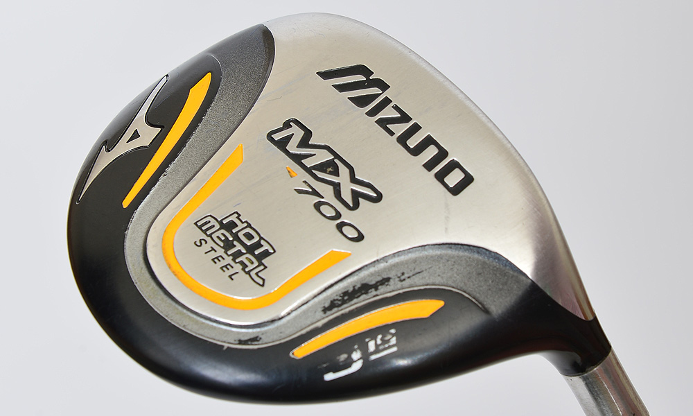 His 3-wood is a Mizuno MX-700 with 15 degrees of loft and a UST Mamiya ProForce V2 86X shaft.