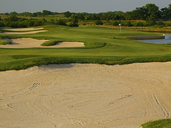 Cottonwood Hills Golf Club                           Hutchinson, Kan.                           7,260 yards, par 72                           Green fees: $49-$55                           620-802-9150, cottonwoodhills.net                           Nick Faldo won his                           first British Open                           with 18 straight pars                           in the final round,                           but we'd be more                           impressed if he could                           do it on his new course                           in Central Kansas.                           Blind shots, rippled                           fairways, more than                           70 bunkers and                           diabolically contoured                           greens allow creative                           players to thrive while                           the rest of us can                           bunt around trouble.                           Cottonwood Hills                           rivals nearby Prairie                           Dunes as a varied test.                           And with a peak fee of                           $55, it is heaven in                           the heartland.