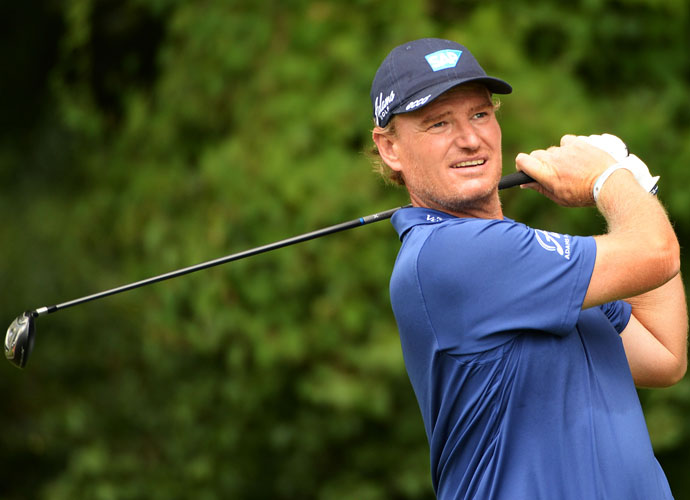 Ernie Els, The Big Easy, fired a 5-under 66, closing with a pair of birdies to move to 11 under, good enough for T5.