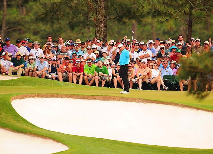 Fred Couples gave the patrons at Augusta some thrills on Sunday, opening his round with back-to-back birdies.