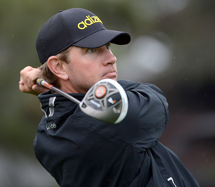 """""""I keep it simple on the course. Almonds are good because they give you some light protein. Sometimes a peanut butter and jelly sandwich is good too."""" --Lucas Glover"""